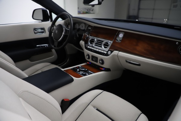 Used 2016 Rolls-Royce Dawn for sale Sold at Maserati of Greenwich in Greenwich CT 06830 28