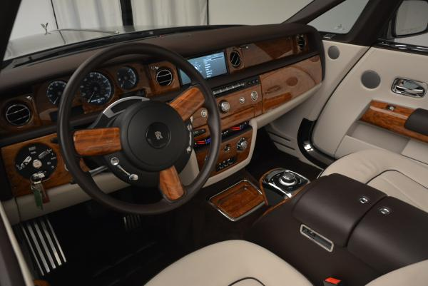 Used 2015 Rolls-Royce Phantom Drophead Coupe for sale Sold at Maserati of Greenwich in Greenwich CT 06830 28