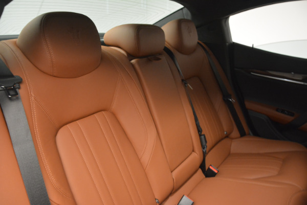 Used 2017 Maserati Ghibli S Q4  EX-LOANER for sale Sold at Maserati of Greenwich in Greenwich CT 06830 24