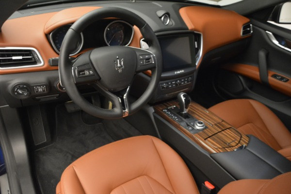 Used 2017 Maserati Ghibli S Q4 EX-LOANER for sale Sold at Maserati of Greenwich in Greenwich CT 06830 16