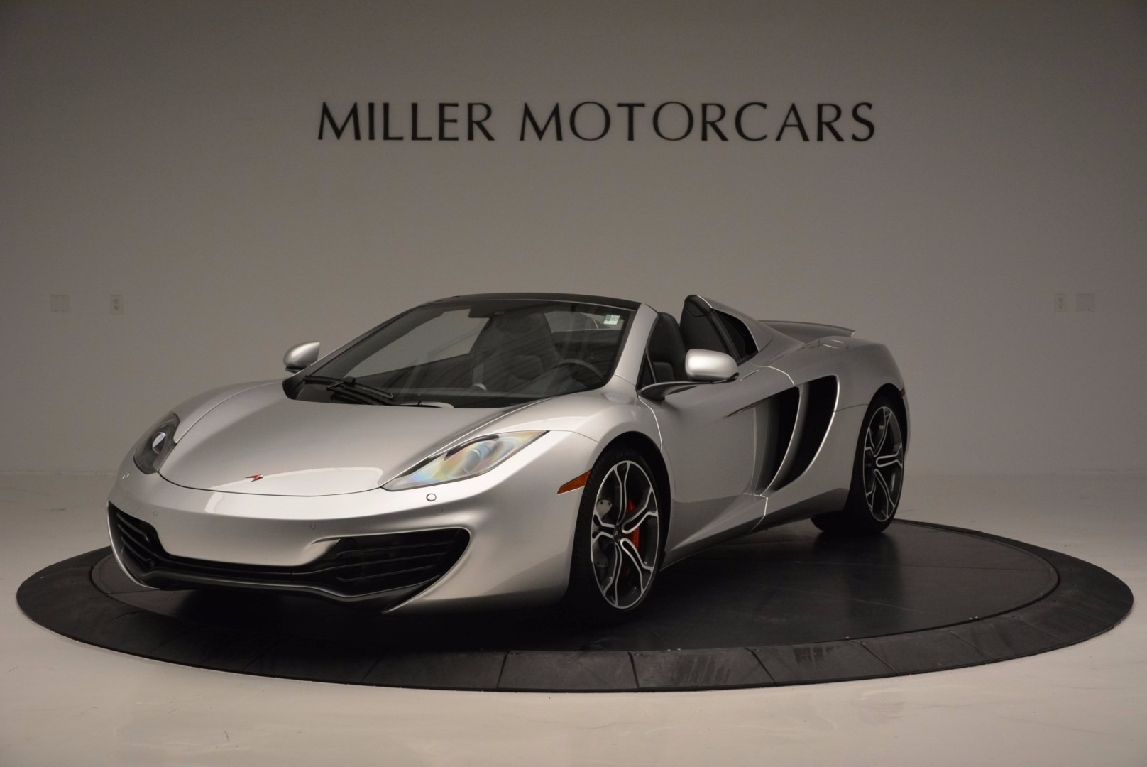 Used 2014 McLaren MP4-12C Spider for sale Sold at Maserati of Greenwich in Greenwich CT 06830 1