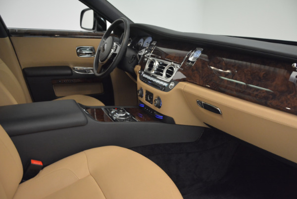 Used 2011 Rolls-Royce Ghost for sale Sold at Maserati of Greenwich in Greenwich CT 06830 27