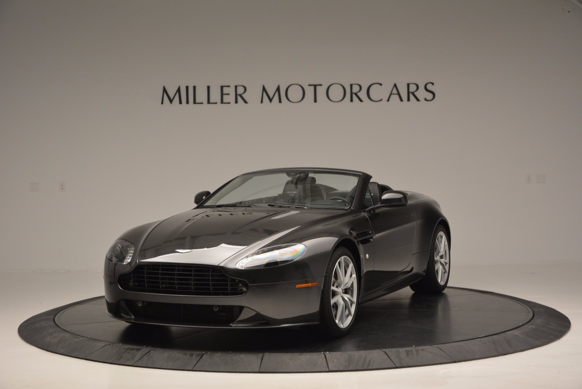 Used 2016 Aston Martin V8 Vantage S Roadster for sale Sold at Maserati of Greenwich in Greenwich CT 06830 1