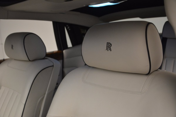 Used 2011 Rolls-Royce Phantom for sale Sold at Maserati of Greenwich in Greenwich CT 06830 12