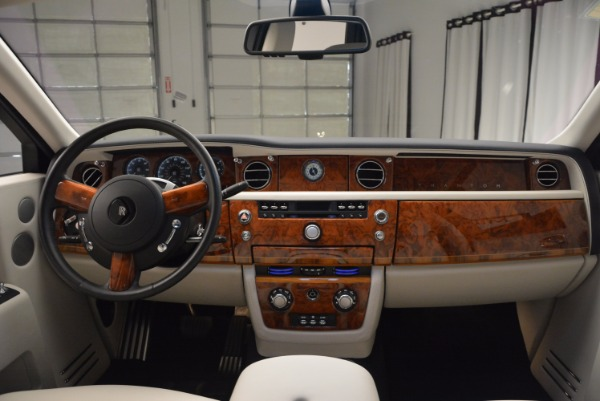 Used 2011 Rolls-Royce Phantom for sale Sold at Maserati of Greenwich in Greenwich CT 06830 16
