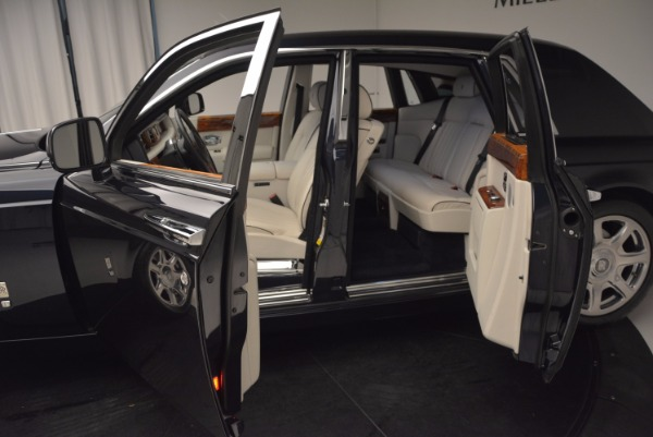 Used 2011 Rolls-Royce Phantom for sale Sold at Maserati of Greenwich in Greenwich CT 06830 5
