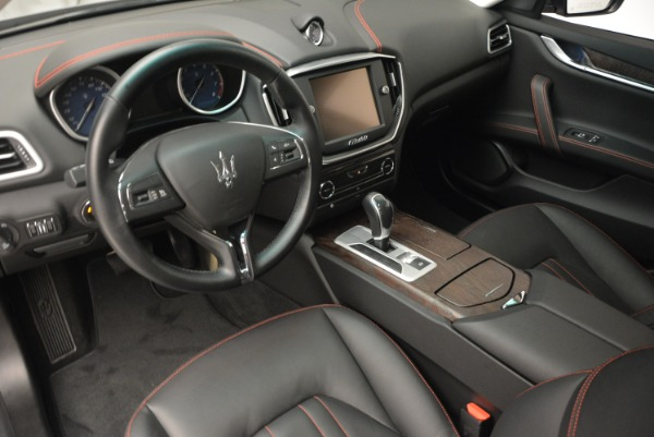 Used 2016 Maserati Ghibli S Q4  EX- LOANER for sale Sold at Maserati of Greenwich in Greenwich CT 06830 13
