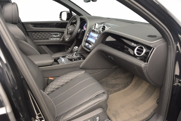 Used 2017 Bentley Bentayga W12 for sale Sold at Maserati of Greenwich in Greenwich CT 06830 28