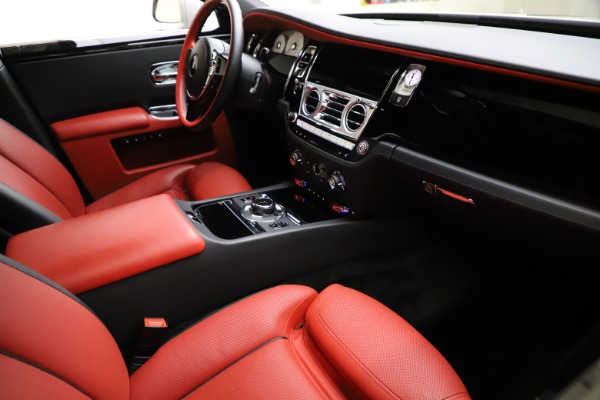 Used 2017 Rolls-Royce Ghost for sale $209,900 at Maserati of Greenwich in Greenwich CT 06830 17