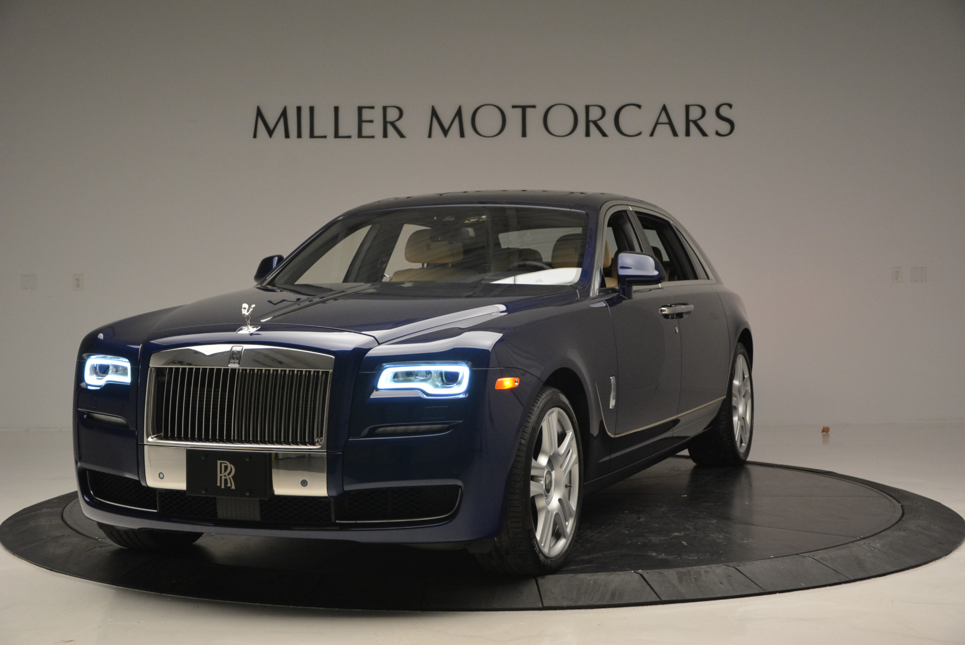 Used 2016 Rolls-Royce Ghost EWB for sale Sold at Maserati of Greenwich in Greenwich CT 06830 1