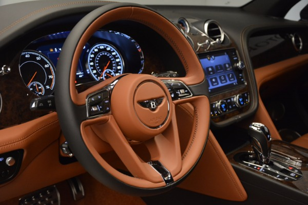 Used 2017 Bentley Bentayga for sale Sold at Maserati of Greenwich in Greenwich CT 06830 26