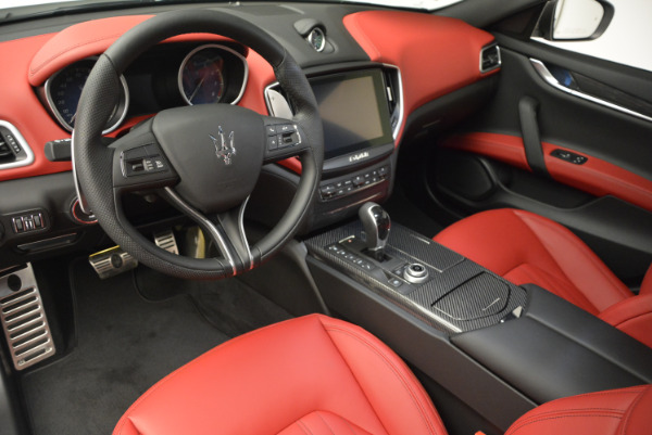 Used 2017 Maserati Ghibli S Q4 for sale $51,900 at Maserati of Greenwich in Greenwich CT 06830 13