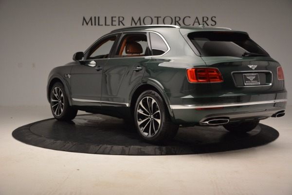 Used 2017 Bentley Bentayga W12 for sale $135,900 at Maserati of Greenwich in Greenwich CT 06830 5