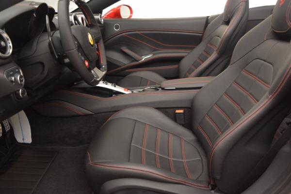 Used 2016 Ferrari California T for sale $149,900 at Maserati of Greenwich in Greenwich CT 06830 26