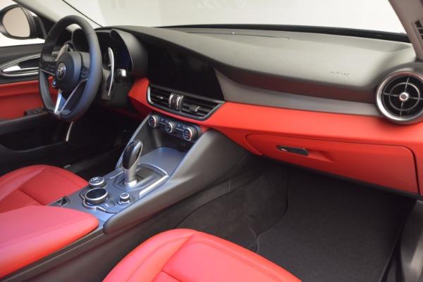 New 2017 Alfa Romeo Giulia Q4 for sale Sold at Maserati of Greenwich in Greenwich CT 06830 18