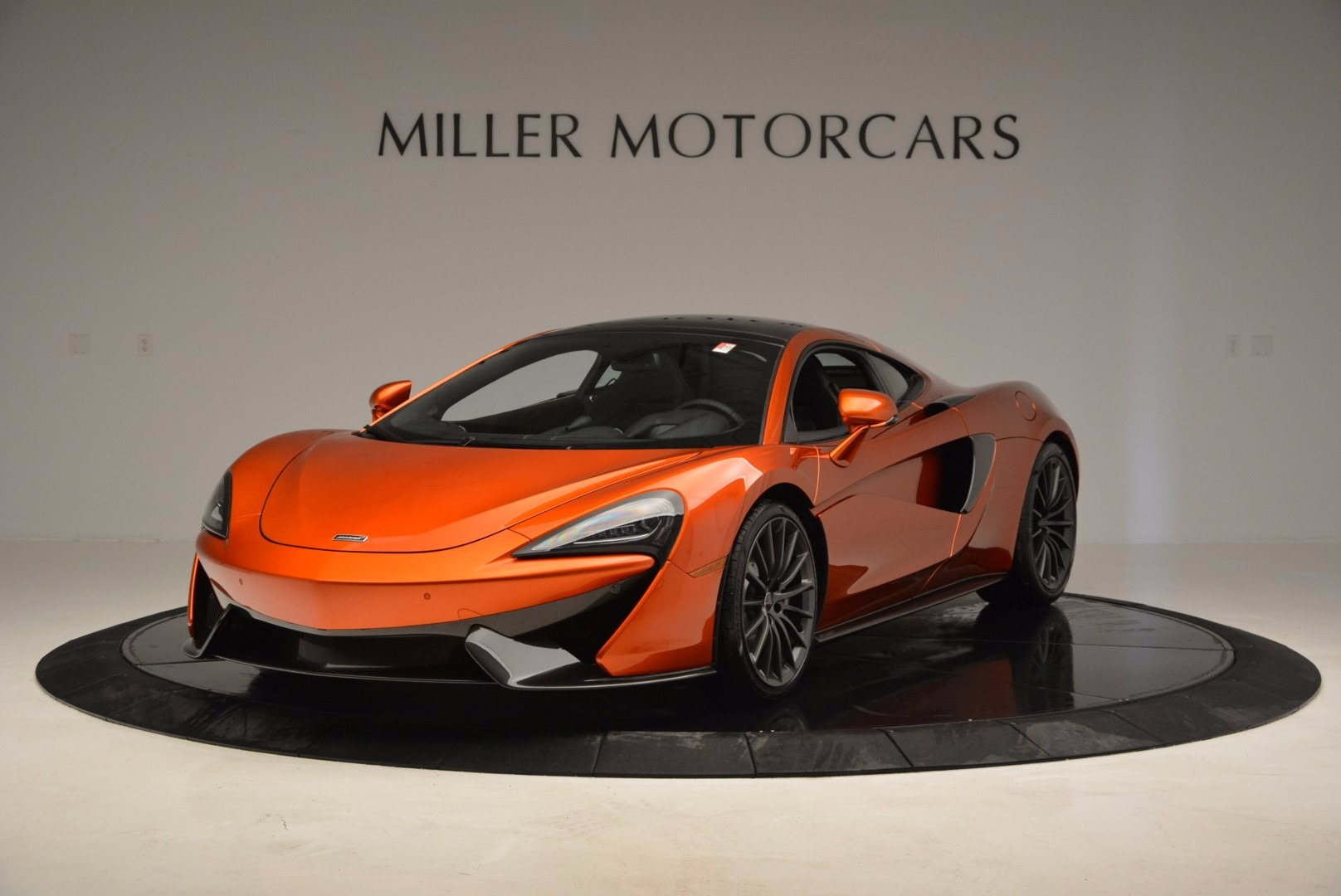 Used 2017 McLaren 570GT Coupe for sale $139,900 at Maserati of Greenwich in Greenwich CT 06830 1