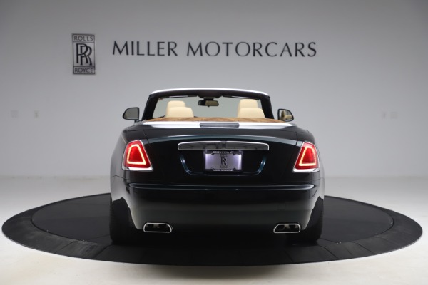 Used 2017 Rolls-Royce Dawn for sale $248,900 at Maserati of Greenwich in Greenwich CT 06830 7