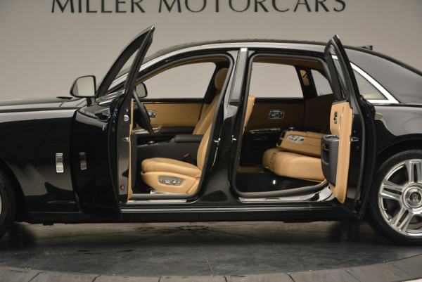 Used 2016 Rolls-Royce Ghost for sale Sold at Maserati of Greenwich in Greenwich CT 06830 16