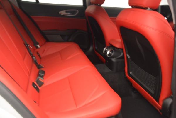 New 2017 Alfa Romeo Giulia Q4 for sale Sold at Maserati of Greenwich in Greenwich CT 06830 20