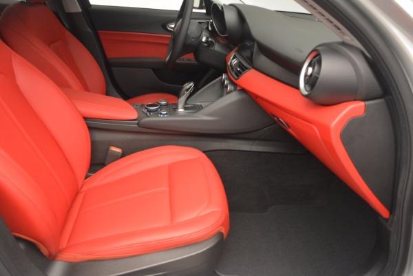 New 2017 Alfa Romeo Giulia Q4 for sale Sold at Maserati of Greenwich in Greenwich CT 06830 23
