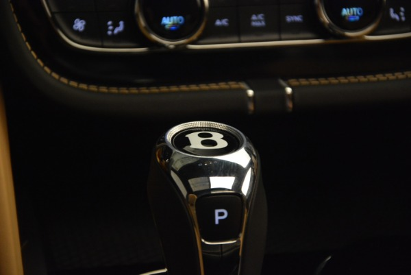 Used 2017 Bentley Bentayga for sale Sold at Maserati of Greenwich in Greenwich CT 06830 24